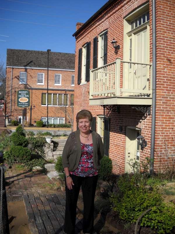 Mona Hodgson at Boone's Lick Inn
